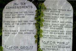 10commandments on stone