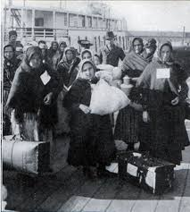 jews arriving at ellis island