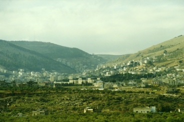 Shechem_2_hills_2